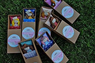Hračky - Palculienka v krabičke - 11053448_