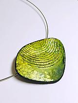 Náhrdelníky - Náhrdelník zelené kruhy - 11057945_