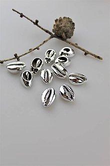 Minerály - mušla medzikus - kauri mušla do náramkov - 11056295_