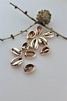 Minerály - mušla medzikus - kauri mušla do náramkov - 11056521_