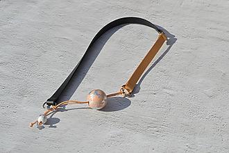Náhrdelníky - Leather necklace (Nature wooden beats) - 11056699_