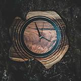 Hodiny - Artefakt - Orechové drevené hodiny - 11053802_