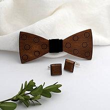 Doplnky - Drevený motýlik a manžetové gombíky - 11060846_