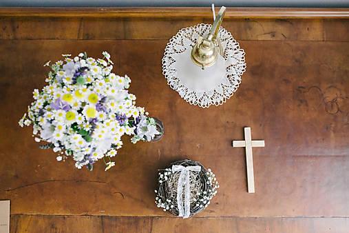 Hniezdo na svadobné obrúčky