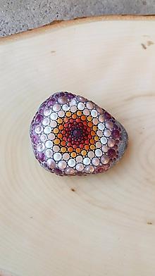 Drobnosti - Ružový perleťový gaderský - Na kameni maľované - 11058706_