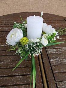 Dekorácie - Svietnik s kvetmi - 11058802_