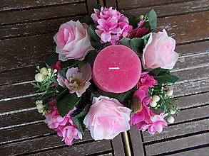 Dekorácie - Svietnik s kvetmi - 11058944_