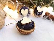 Dekorácie - Vianočné orechy modrotlač so srdcom - 11060711_