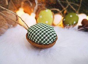 Dekorácie - Sada vianočných orechov, zelené - 11060705_