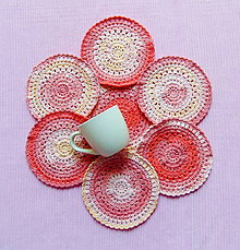 Úžitkový textil - Podšálky z dúhového klbka 3 - 11062799_