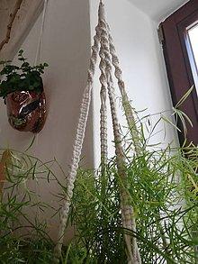 Dekorácie - Macrame držiak na kvetináč 63cm - 11062446_