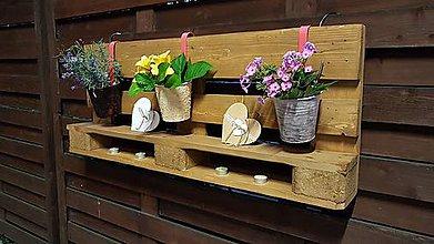 Nábytok - Polička na kvety - 11065118_