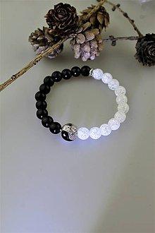 Náramky - jing-jang luxusný náramok z ónyxu a krištálu - 11068750_