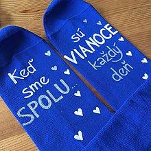"""Obuv - Maľované kráľovsky modré vianočné ponožky s nápisom: """"Kaď sme spolu, sú VIANOCE každý deň"""" alebo na želanie - 11067739_"""