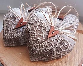 Dekorácie - Hnedé vianočné srdiečka  - 11070436_