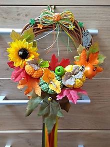 Dekorácie - Jesenný Tekvičkový a Jablčkový Veniec venček na dvere alebo do interiéru priemer 25, 30 a 35 cm (Priemer 25 cm - Pestrofarebná) - 11070015_