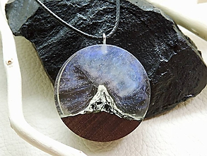 Náhrdelníky - Hviezdna obloha nad štítom- Drevený náhrdelník - 11070002_