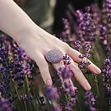 Prstene - BUTTON {L} výrazný fialový prsteň - 11069856_