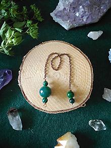 Iné šperky - Zelené kyvadlo (Agát, Malachit) srdcová čakra - 11069527_