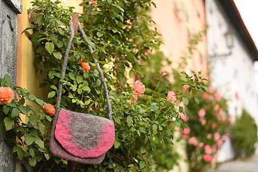Kabelky - plstená kabelka - nesmelo ružová - 11074086_