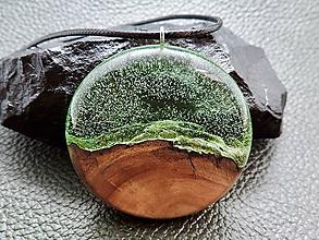 Náhrdelníky - Drevený náhrdelník - Kyslík je život - 11072855_