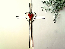 Tepaný krížik s keramickým ♥ 25 cm