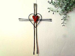 Dekorácie - Tepaný krížik s keramickým ♥ 26 cm - 11071691_