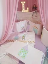 Textil - Mantinel do postieľky Rozpravkové domčeky 240x30cm - 11078364_