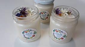 Svietidlá a sviečky - Sviečka zo sójového vosku 200g (Svieža posteľná bielizeň) - 11078029_
