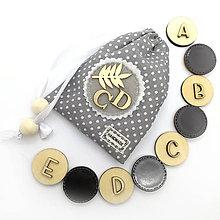 Hračky - Drevené magnetky - ABECEDA (šedá) - 11078111_