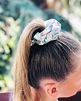 Ozdoby do vlasov - Bavlnená elastická gumička scrunchie white - 11075595_