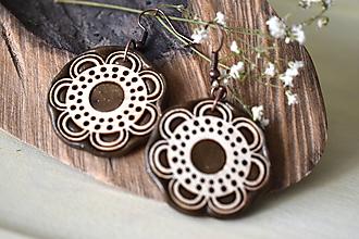 Náušnice - hnedé náušnice-kvitnúce - 11075322_