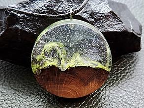 Náhrdelníky - Drevený náhrdelník - Horský vzduch - 11075364_
