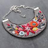Náhrdelníky - floral - 11082415_