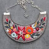 Náhrdelníky - floral - 11082416_