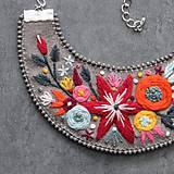 Náhrdelníky - floral - 11082417_