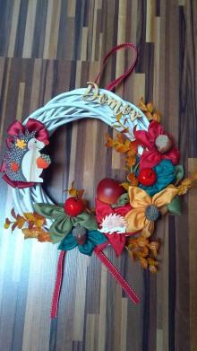 Dekorácie - Jesenný venček s ježkom - 11082249_