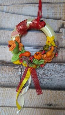 Dekorácie - Malý jesenný veniec s úrodou - 11082288_