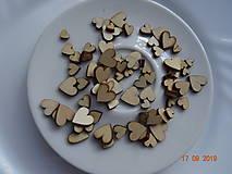 Mix drevených výrezov srdiečok