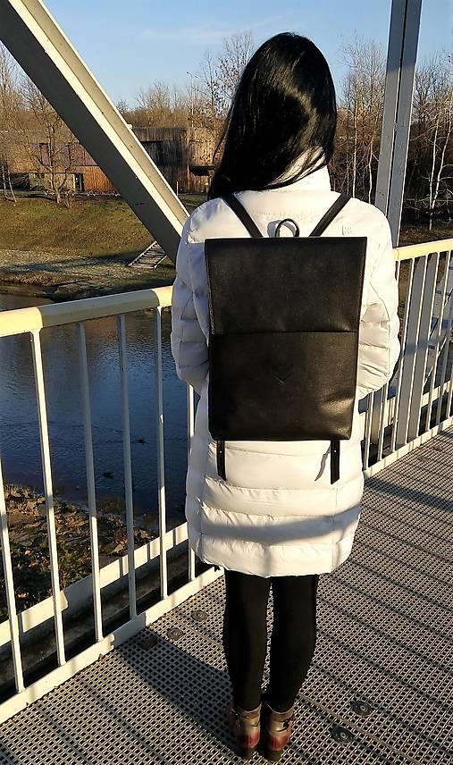 Batohy - Kožený batoh P 26 - černý - 11080925_