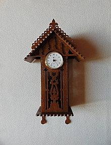 Hodiny - Drevené hodiny Kukučka by také chcela - 11084083_