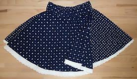 Sukne - Sukienka Kvietky z babičkinej truhlice na tmavomodrej - 11088043_