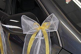 Iné doplnky - Bielo zlaté mašle do kostola či na svadobné auto - 11087582_