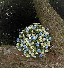 Dekorácie - spomienková kytica z drobných kvietkov - 11089739_