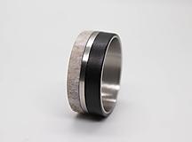 Prstene - Titanový prsteň Eben a Parožie - 11089970_