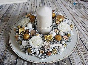 Dekorácie - Elegantný svietnik na jednu sviečku zlato-biely - 11092092_