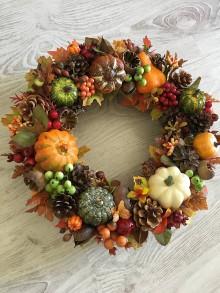 Dekorácie - Jesenný tekvičkový veniec - 11091558_