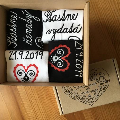 Maľované ponožky pre novomanželov / k výročiu svadby (biele+čierne)