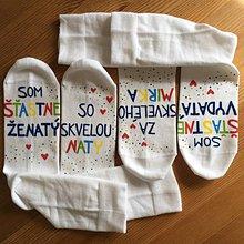 """Obuv - Maľované ponožky pre novomanželov alebo k výročiu svadby """"CRAZY"""" s menami manželov - 11092505_"""