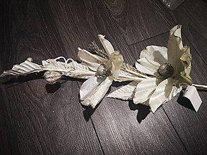 Dekorácie - Vianočné trblietavé kvety - 11094047_